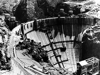 The Hoover Dam and its Importance | Charlotte Kruse's Blog