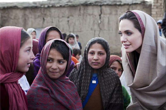 http://sites.psu.edu/demartefeminism/wp-content/uploads/sites/18458/2015/02/angelina_jolie_afghanistan.jpg