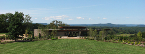 Overlook Pavilion from event lawn summer