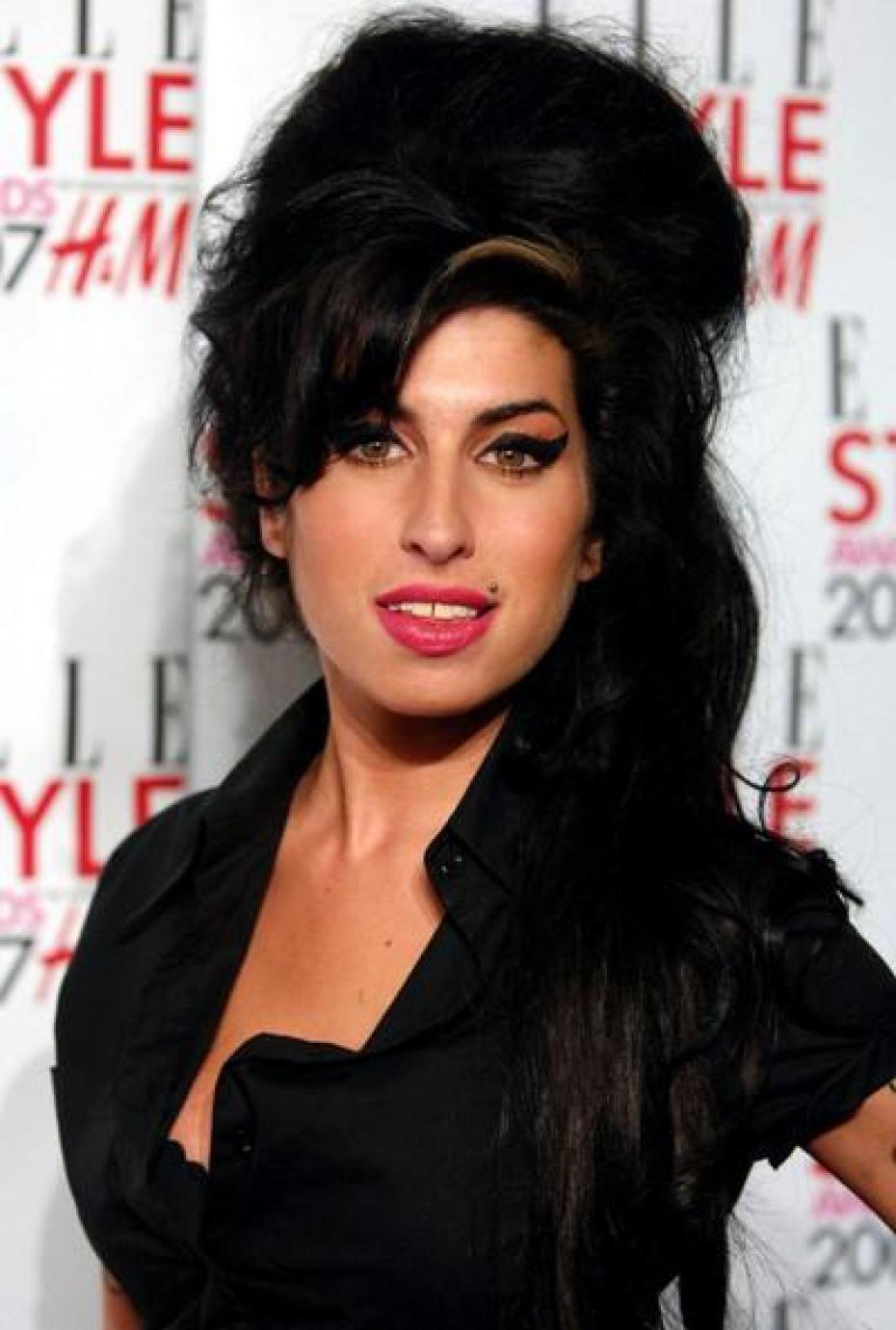 Quotes By Amy Winehouse Like Success