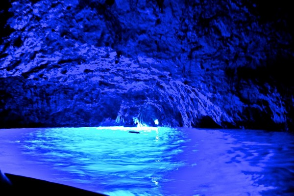 Blue Grotto: Not any Ordinary Cave | Helen Shek