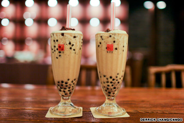 Two aesthetically pleasing glasses of bubble tea