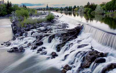Idaho Falls was made from a dam, but it looks like a real waterfall. My family and I took a walk near the fall after dinner. The timing was just perfect for ...