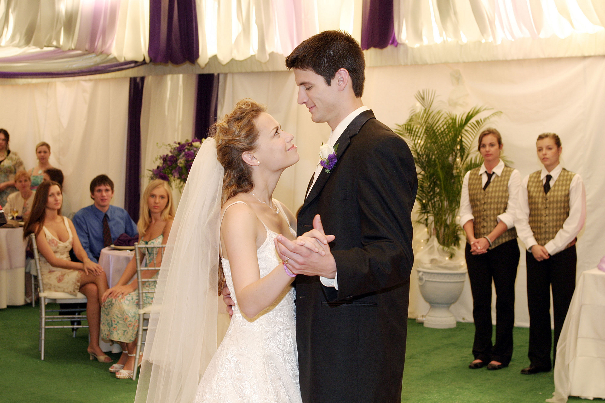 one tree hill episode where nathan and haley start dating