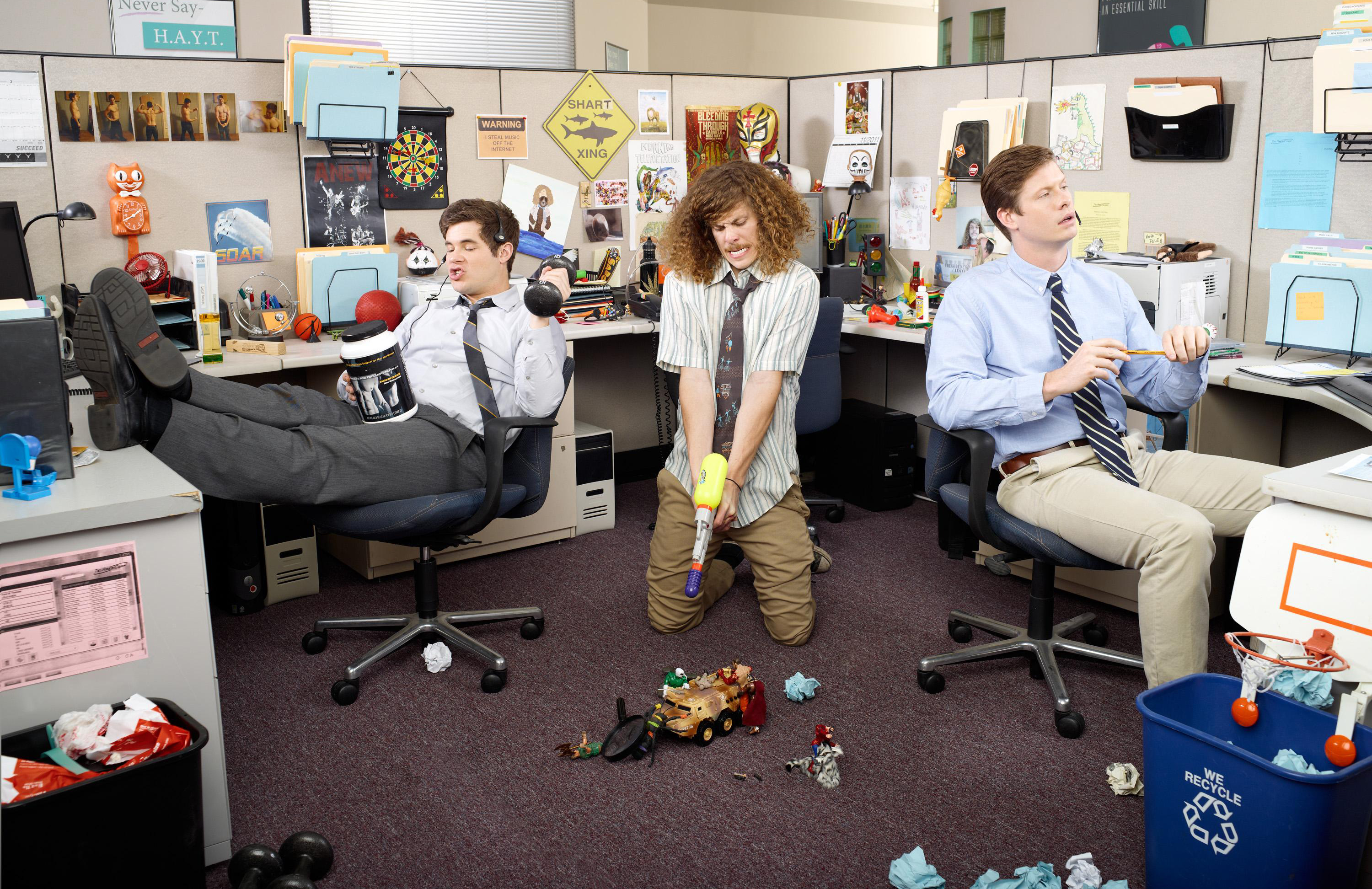 "Adam DeVine Talks Upcoming Season of ""Workaholics"""