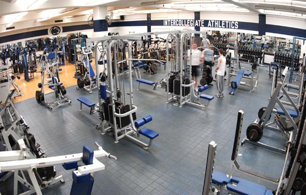 Fitness Center Construction : Week workouts at the white building