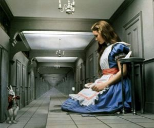 Alice in Wonderland Syndrome | Psych 256: Cognitive ...