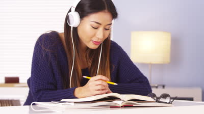 Can Someone Efficiently Study While Listening to Music ...