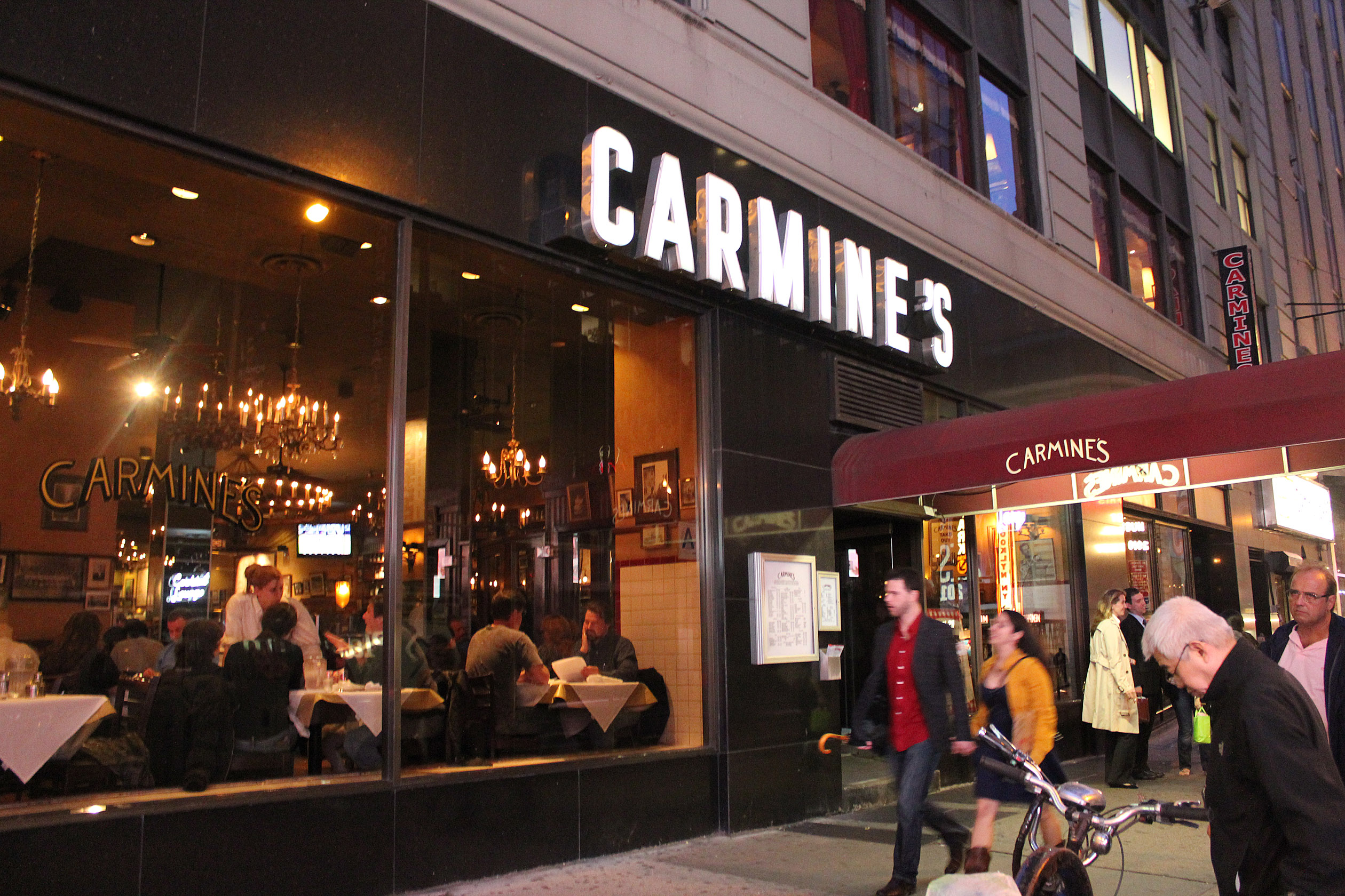 Best Italian Restaurants In New York Carmine S St Street