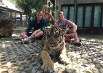 Penn State students with a tiger