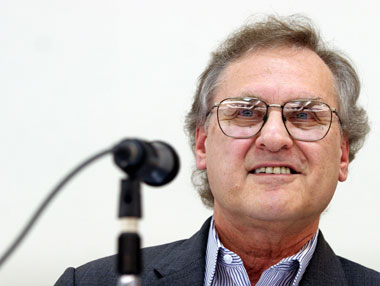 Stephen Lewis Bio Photo
