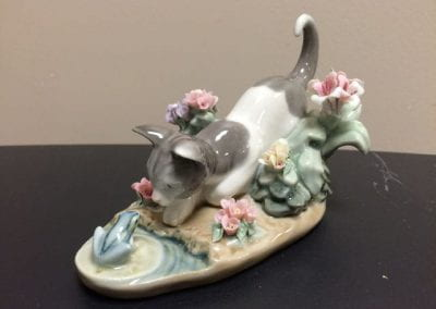 (Lladro) Cat and Frog
