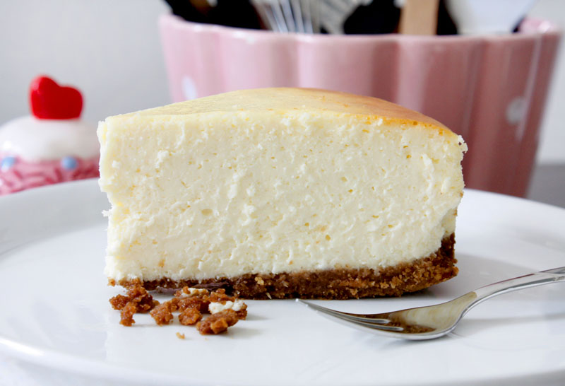 Sour Cream Cheesecake Cake