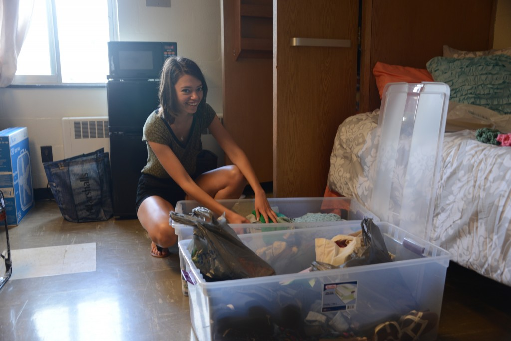 Chemical engineering major Grace Noel of Wexford, Pennsylvania, moves into her room.
