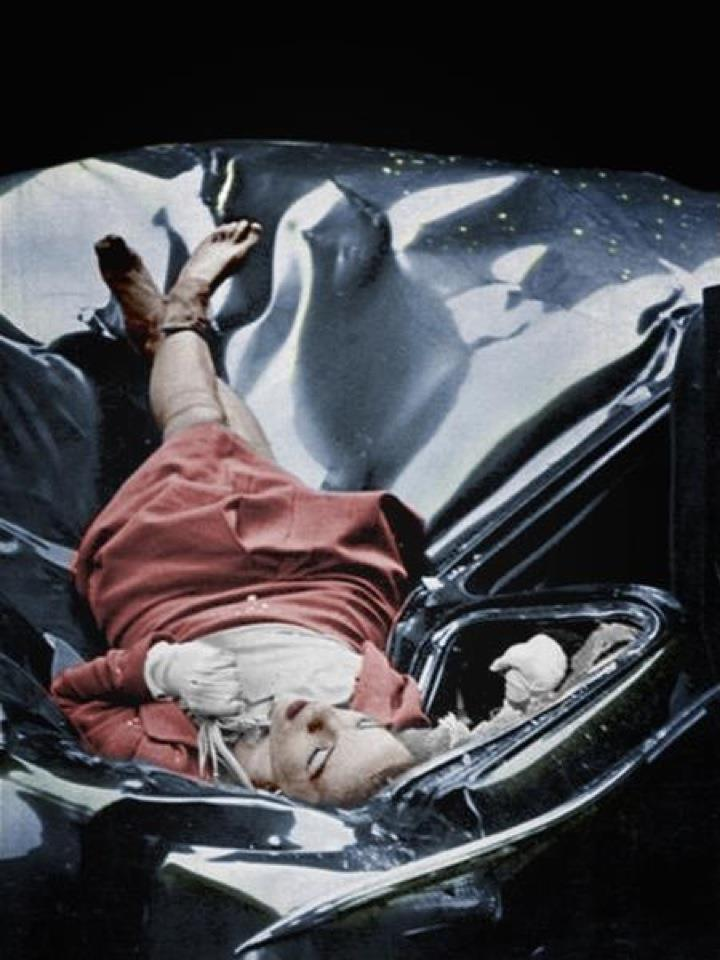 evelyn-mchale-photo-by-robert-c-wiles