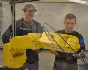 EMET students work with new robots