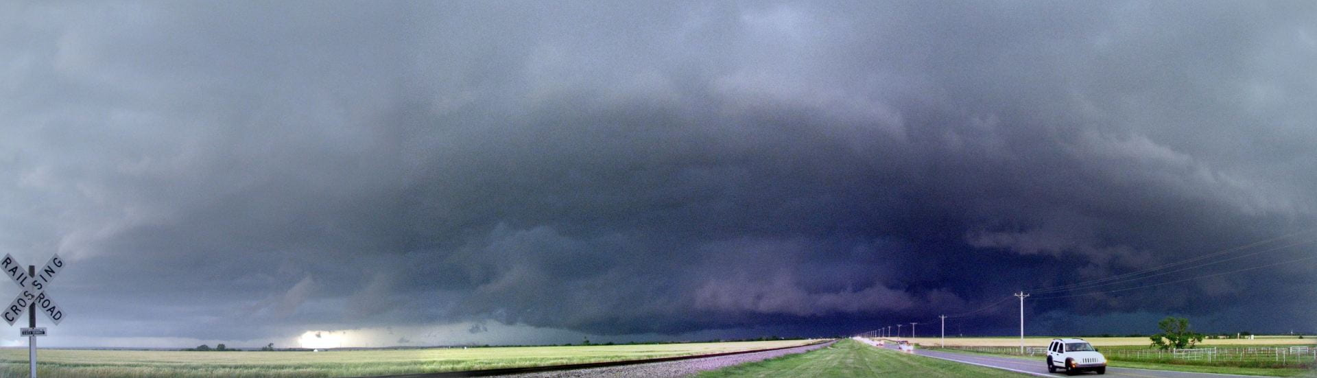 El Reno 2013 Supercell as viewed from the south. Taken by Kevin Bowley during the 2013 McGill University storm chase course