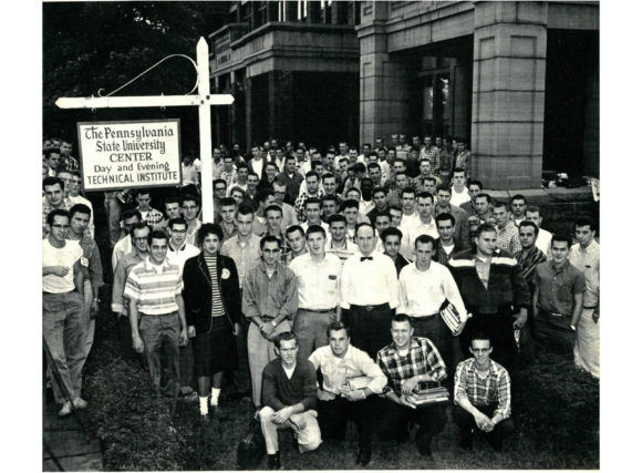 image of the Penn State Wilkes-Barre graduating class of 1959