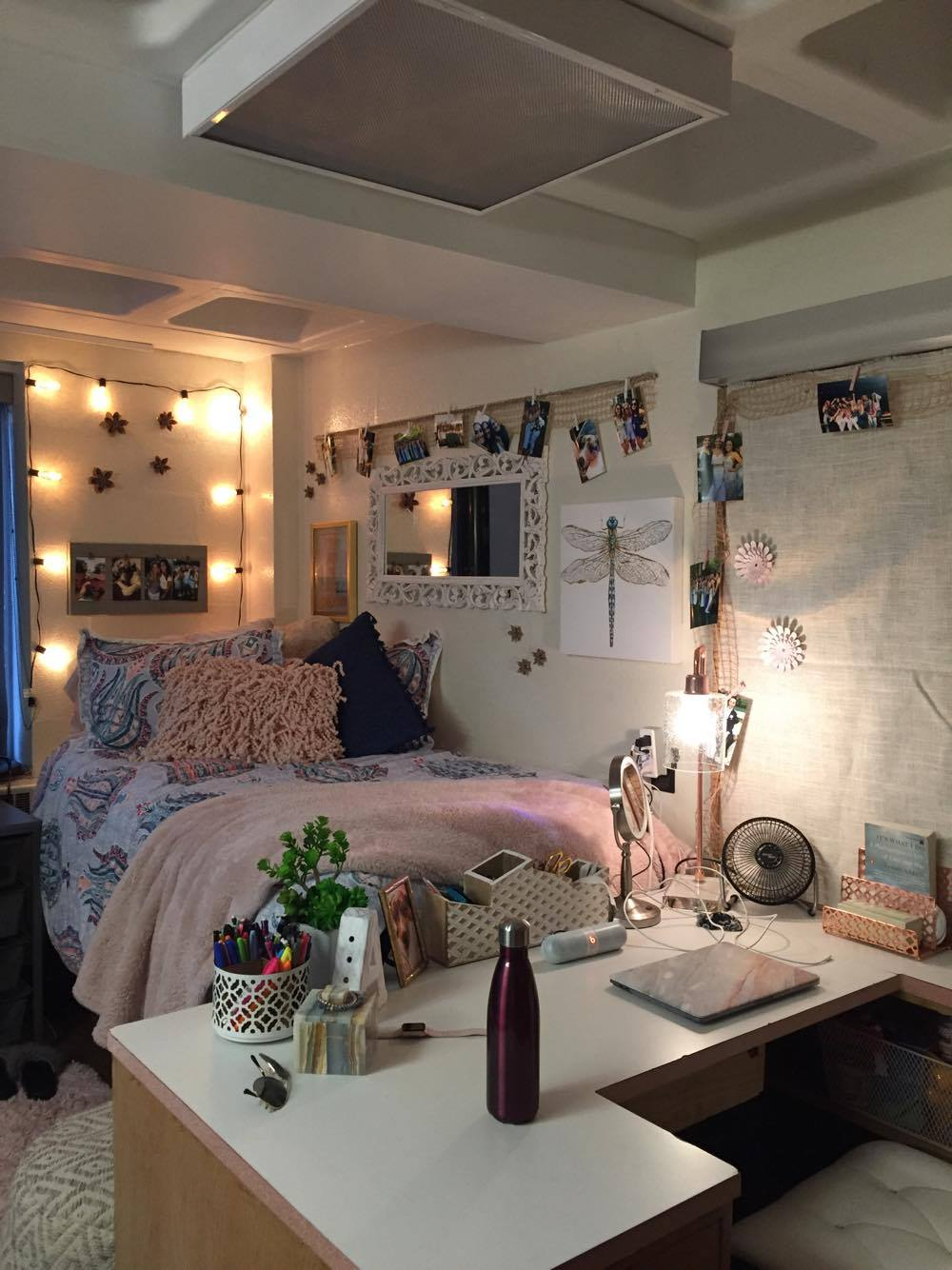 The Top 4 Dorm Room Decoration Essentials