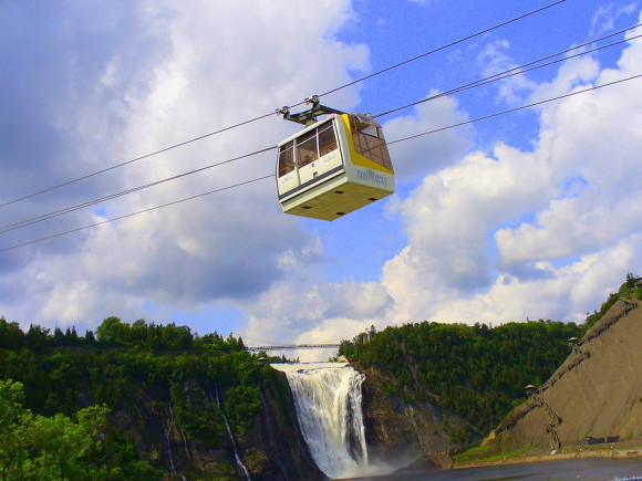 montmorency-falls-and-gondola-lingfai-leung