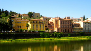 Florentine buildings along the Arno River.