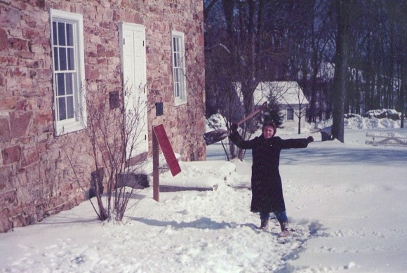 G Pic 1986 Other Feb 13 1986 Path shoveled! Tus Acad