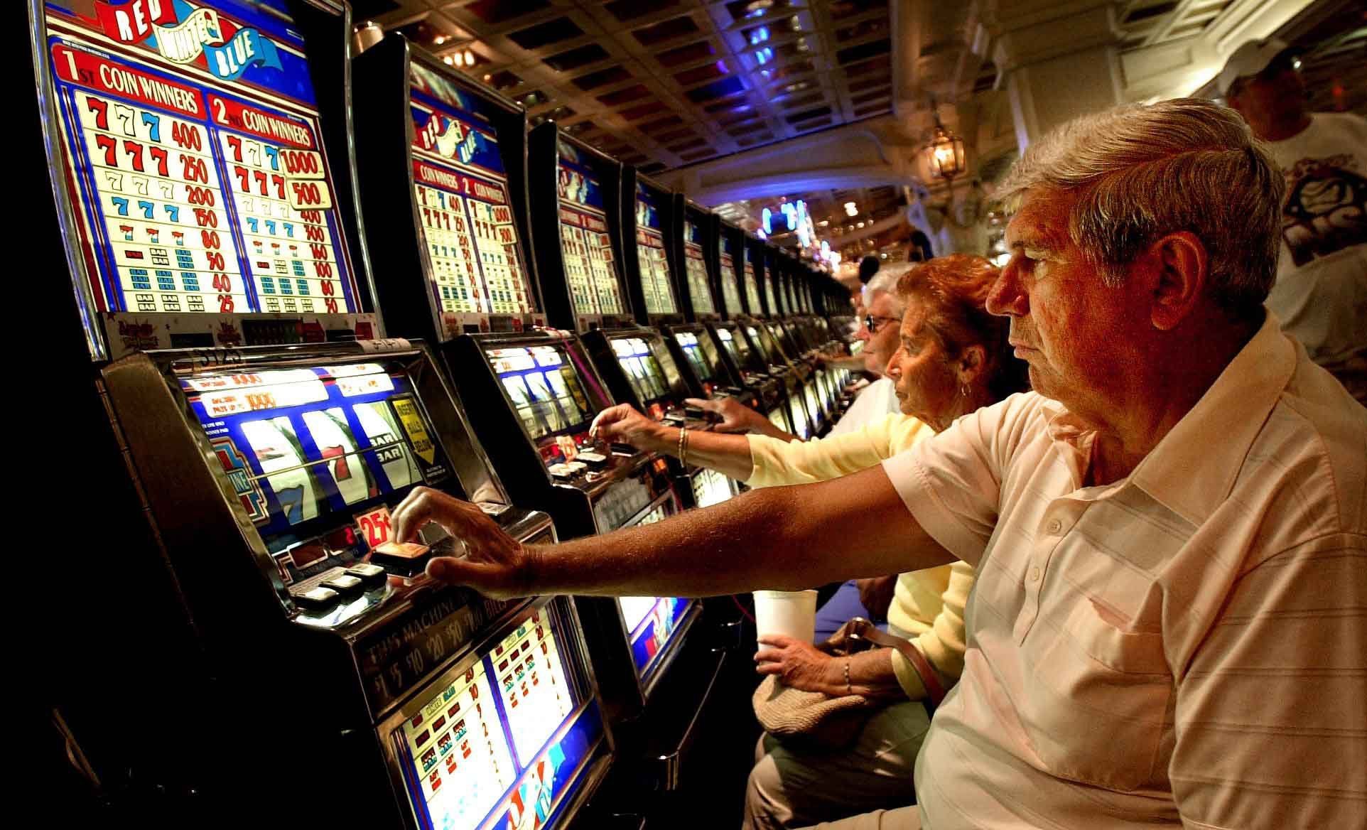 slot-machine-gambling