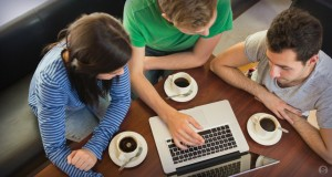 19268-students-computer-coffee-1-940x501