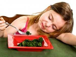 girleatingspinach_istock6597270