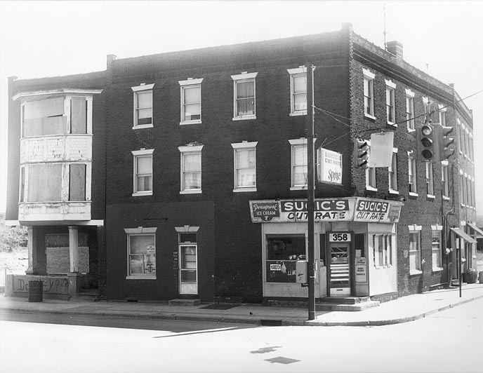 Cut Rate Store at 358 N. Front St., 1978