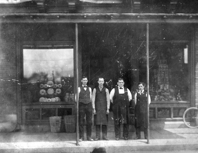 Frank Wieger's Grocery, 327 N. Front St., 1908c