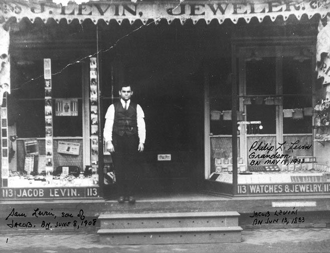 Jacob Levin, Watchmaker, 113 S. Front Street, 1916