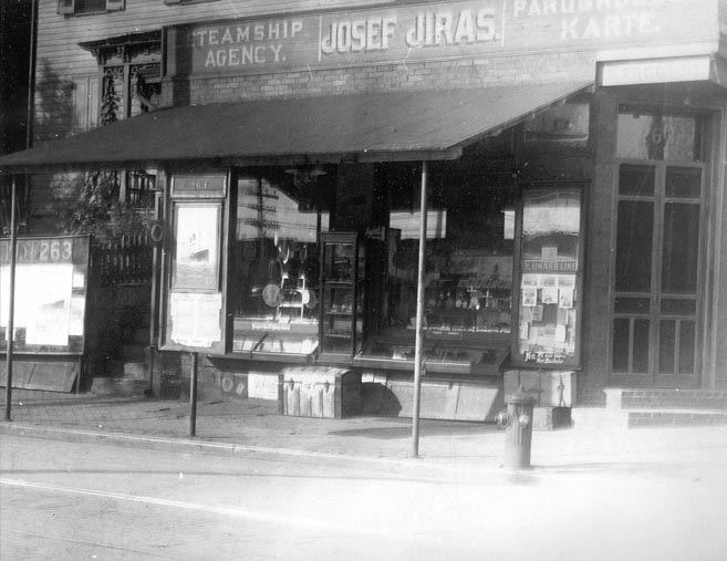 Outside View Joseph Jiras Store, Front and Chestnut Streets, 1909