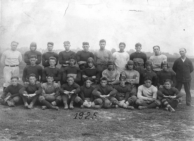 S.H.S. Football Squad, 1925