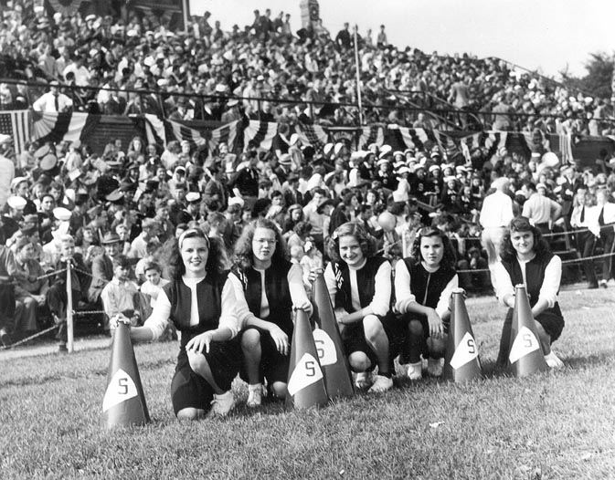 S.H.S. Pep Squad on Cottage Hill, 1946