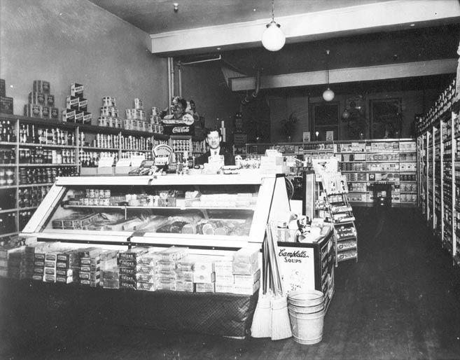 Tom Polleck (Steelton Store) at 51 N. Front Street, 1937