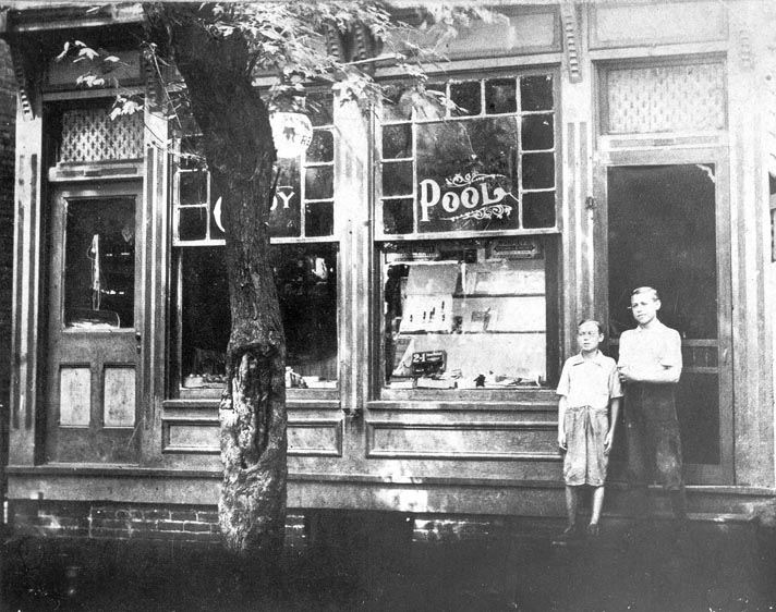 Yetter's Candy Store 1918c